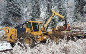 Engin de débardage forestier