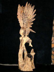 Sculpture bois - Aigle et poisson